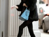 super-chic-short-fur-coat-outfits-to-feel-warm-in-winter-15