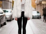 super-chic-short-fur-coat-outfits-to-feel-warm-in-winter-4