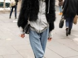 super-chic-short-fur-coat-outfits-to-feel-warm-in-winter-6