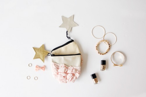 Super Cute DIY Smashed Fabric And Leather Pouches