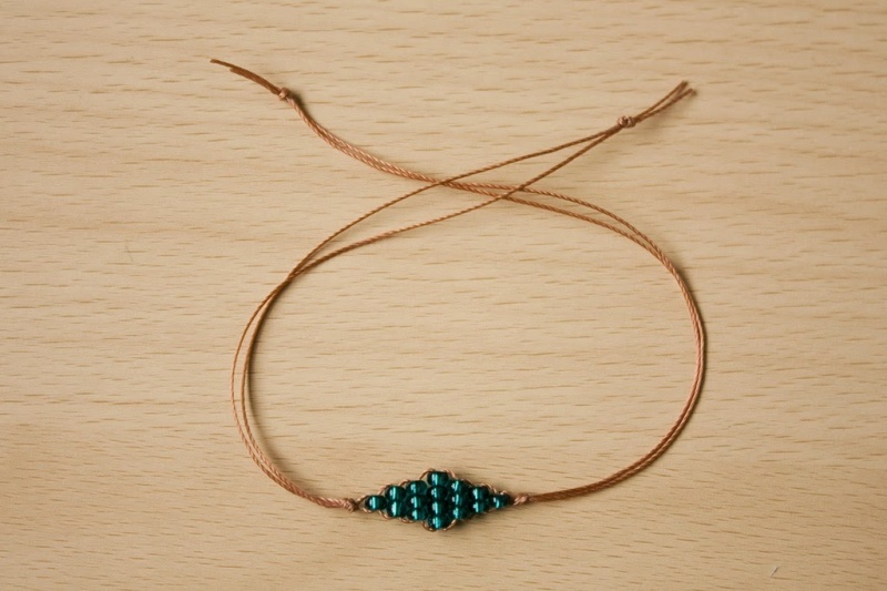 Picture Of super easy and quick diy beaded diamond bracelet  8