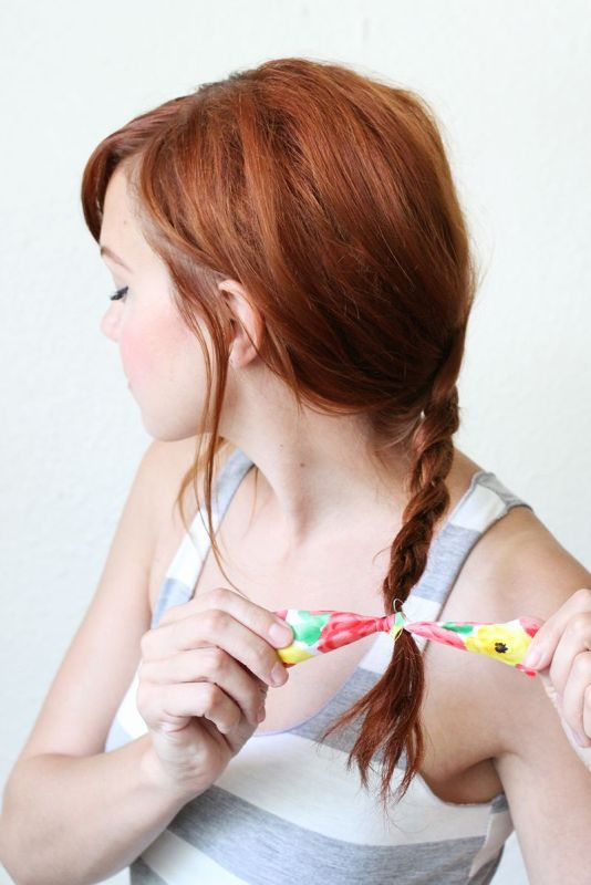 Picture Of super easy diy textured summer braid to make  2