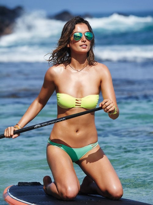 Super Hot And Trendy Mismatched Swimsuits For Your Vacation