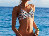 super-hot-and-trendy-mismatched-swimsuits-9