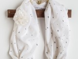 sweet-and-airy-diy-dotted-summer-scarf-3