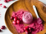 sweet-diy-cranberry-coconut-lip-gloss-1