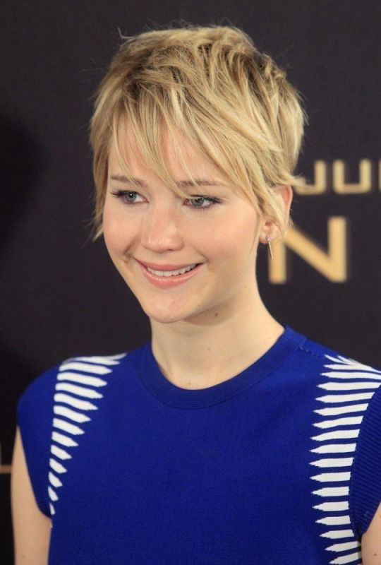 Picture Of the beauty trend report celebs favorite pixie cut  3