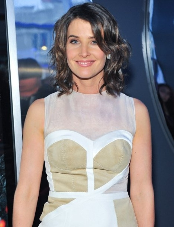Picture Of the beauty trend report the wavy lob hairstyle  11