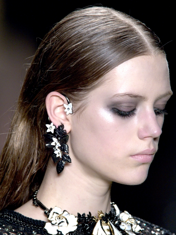 Picture Of the hottest fall trend cuff earrings  6