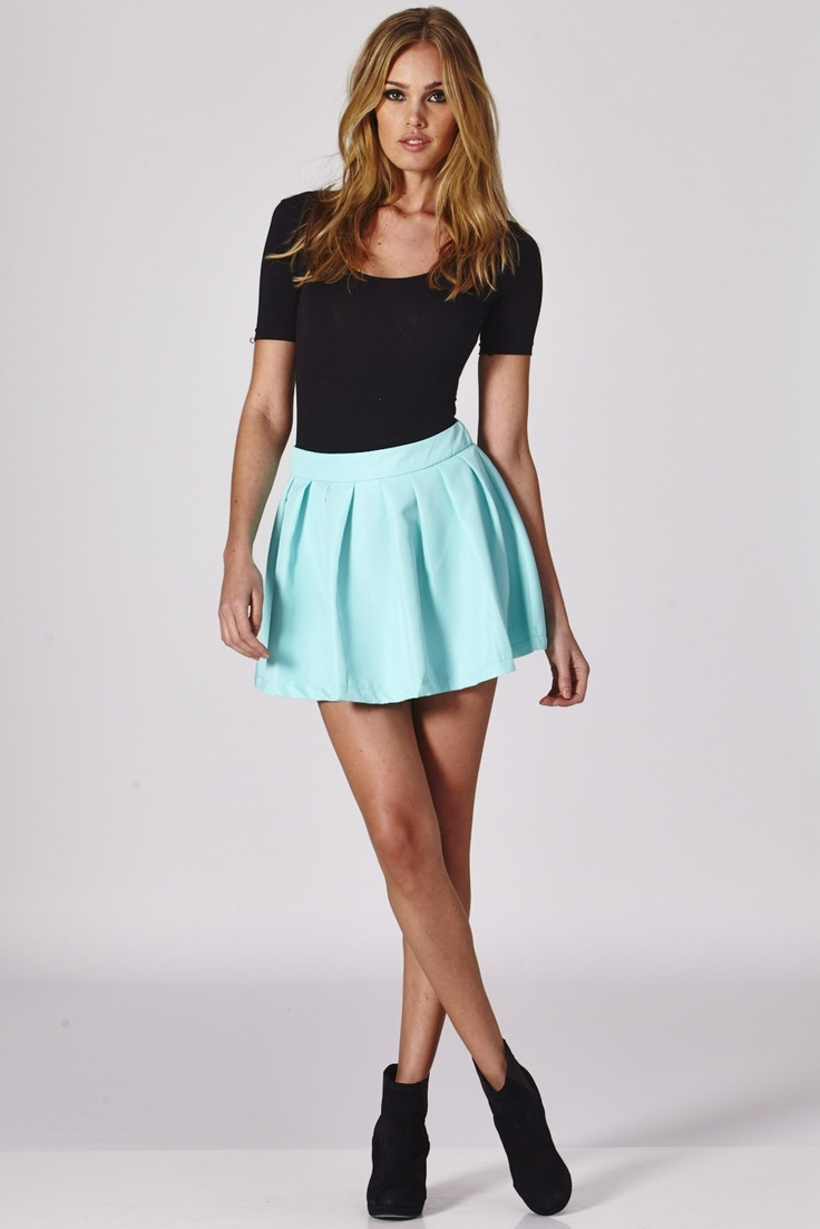 Picture Of the hottest fall trend pleated mini skirt  3