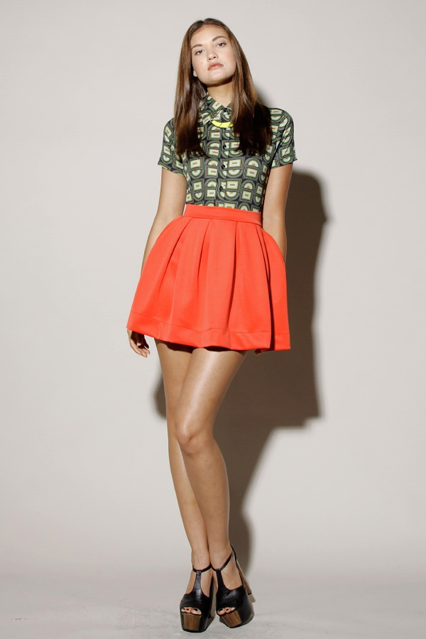 Picture Of the hottest fall trend pleated mini skirt  4