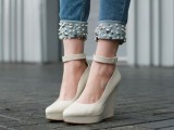 the-hottest-fashion-trend-10-pearl-embellished-denim-outfits-5
