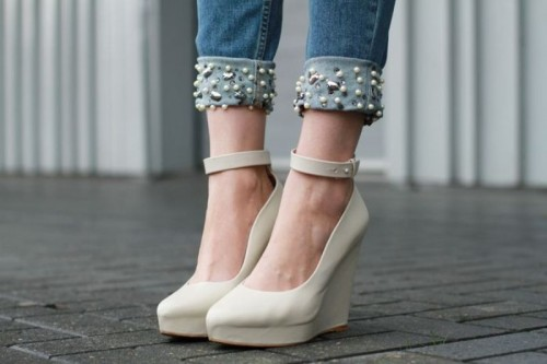 Любопытный модный тренд: джинсы и жемчужины