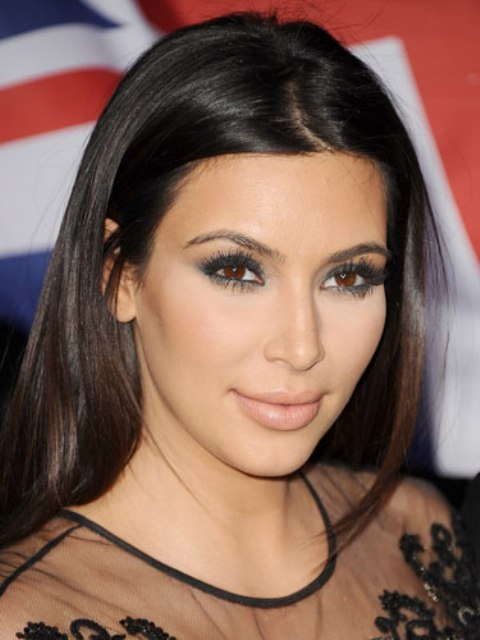 Picture Of the hottest make up trend nude lips  4