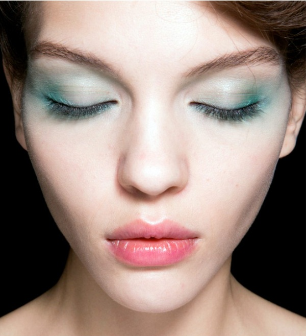 Picture Of the hottest spring and summer trend 10 pastel watercolor makeup ideas  10