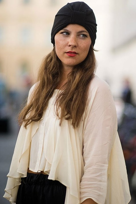 Picture Of the turban fashion trend comeback 15 stylish ways to wear it now  8