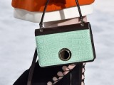 top-15-trendy-miniature-bags-to-wear-this-fall-3