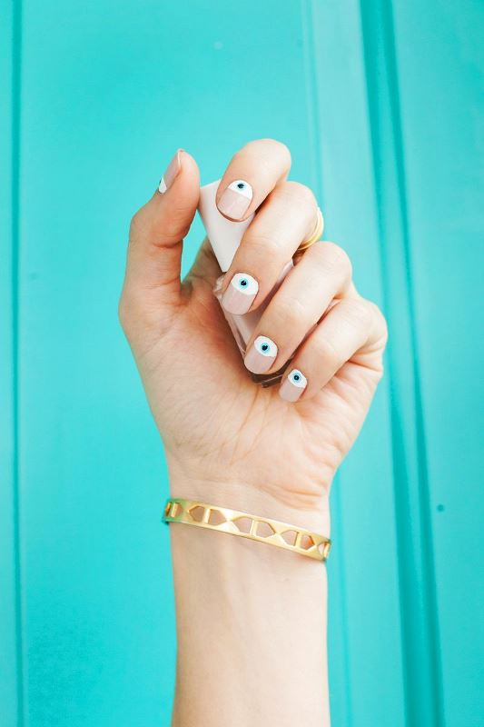 Picture Of trendy and cute diy eye nails design to try  1