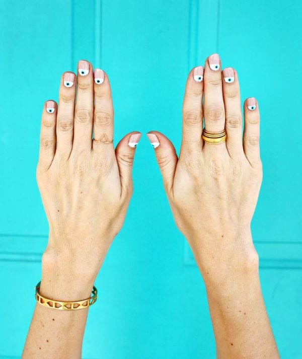 Picture Of trendy and cute diy eye nails design to try  3