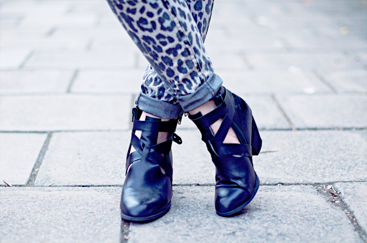Picture Of trendy diy cut ankle boots  6