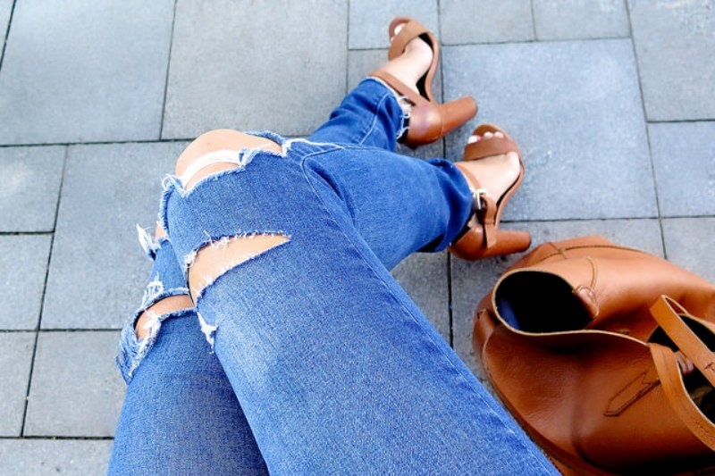 Picture Of trendy diy distressed knee jeans  3