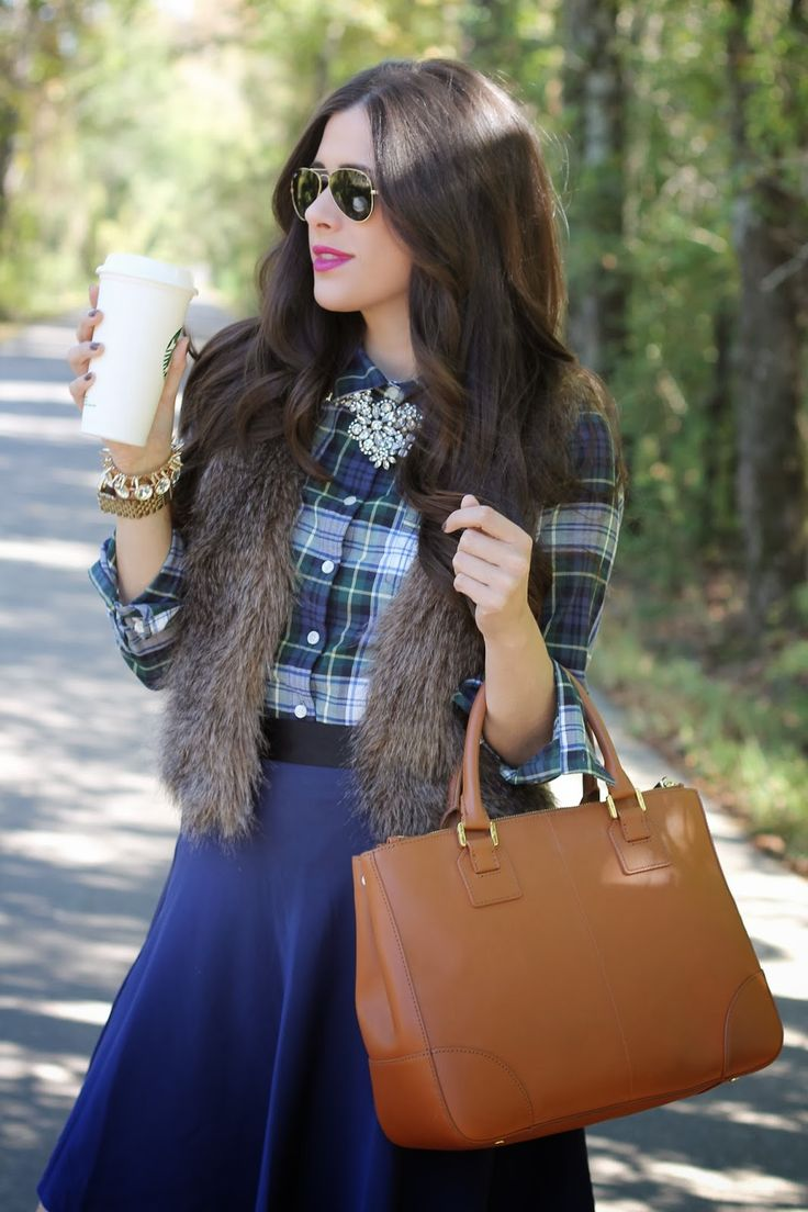 Picture Of trendy fall layer looks with fur  22