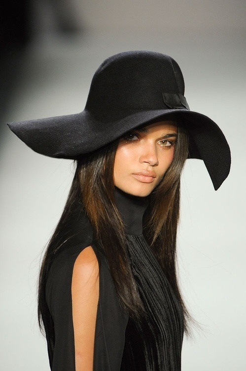 Picture Of trendy hats for fall and winter 2013 2014  3