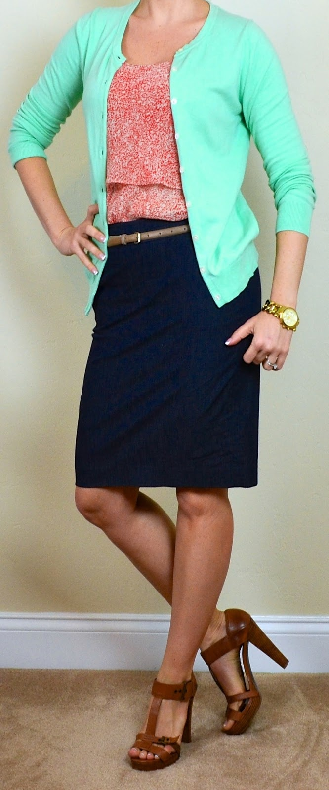 Picture Of trendy mint work outfits  5