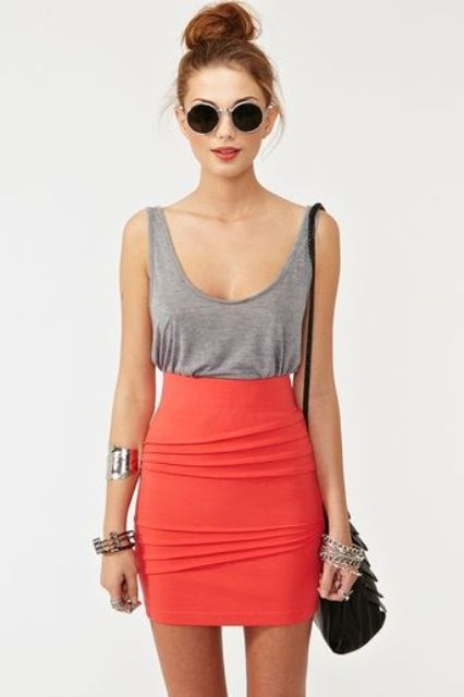 Picture Of trendy outfits with skirts to wear this summer  12
