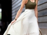 trendy-outfits-with-skirts-to-wear-this-summer-15
