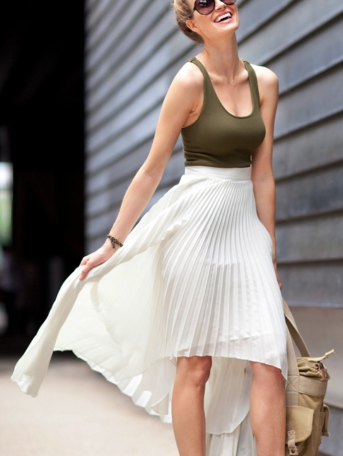 Picture Of trendy outfits with skirts to wear this summer  15