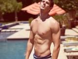 trendy-short-swim-trunks-for-men-16