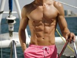 trendy-short-swim-trunks-for-men-2