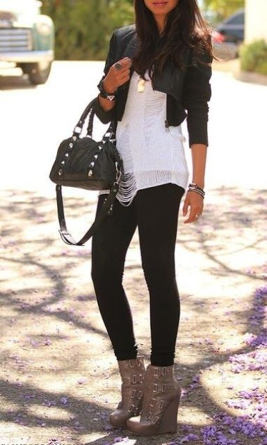 Picture Of Trendy Wedges Boots Outfits To Rock In The Fall 9