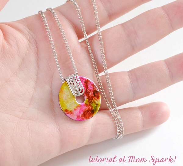 Picture Of unique diy marbled washer necklace  1