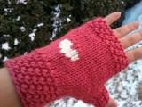 heart pattern gloves