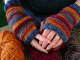 knitted fingerless mits
