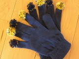 gloves with pompom fingers