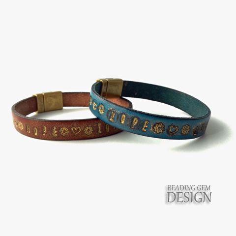 Vintage Looking DIY Gilded Stamped Leather Bracelet