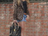 wearing-animal-prints-with-style-ways-11