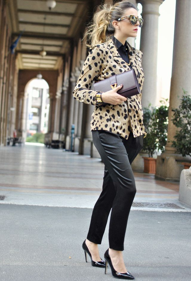 Picture Of wearing animal prints with style ways  16