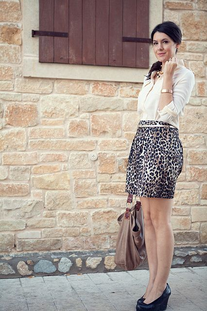 Picture Of wearing animal prints with style ways  19