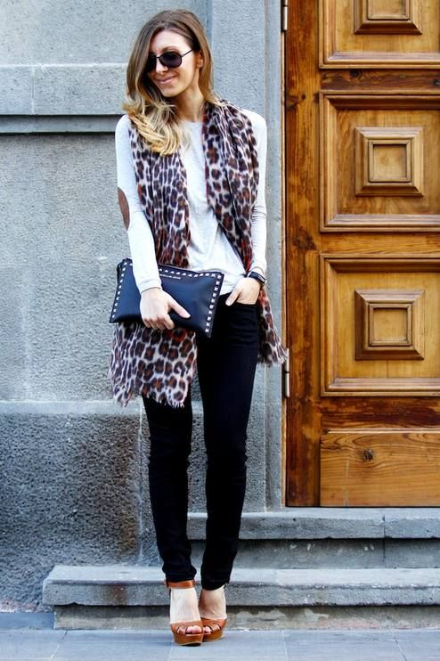 Picture Of wearing animal prints with style ways  6