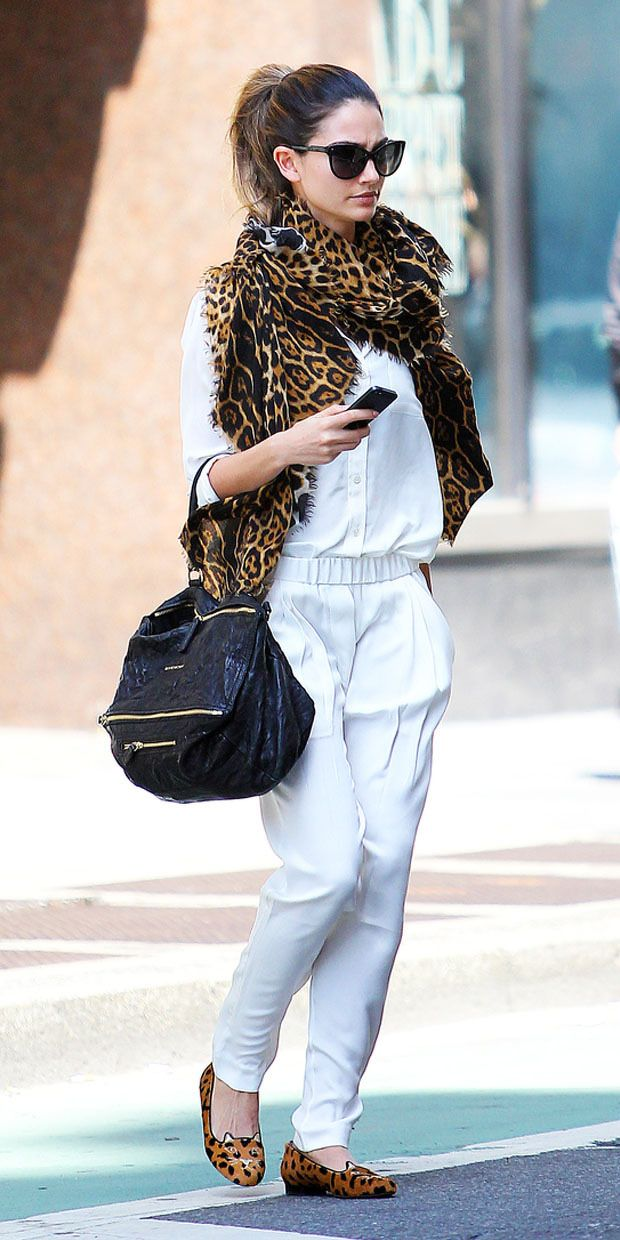 Picture Of wearing animal prints with style ways  7