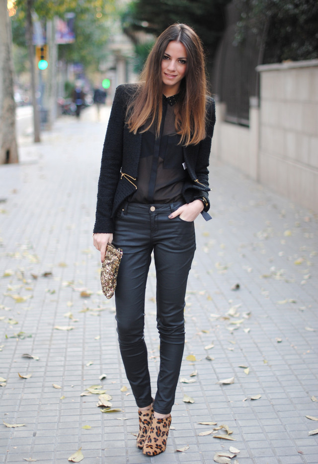 Picture Of wearing animal prints with style ways  9