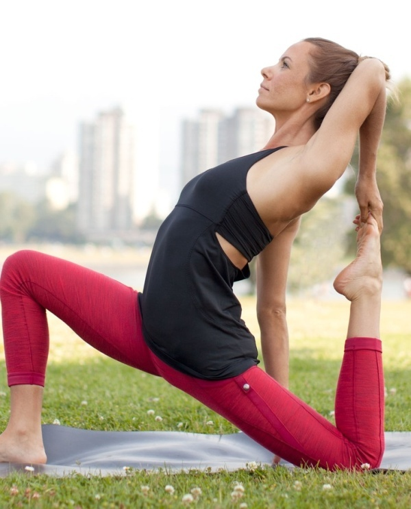 Picture Of what to wear to yoga class 21 stunning and comfy ideas  1