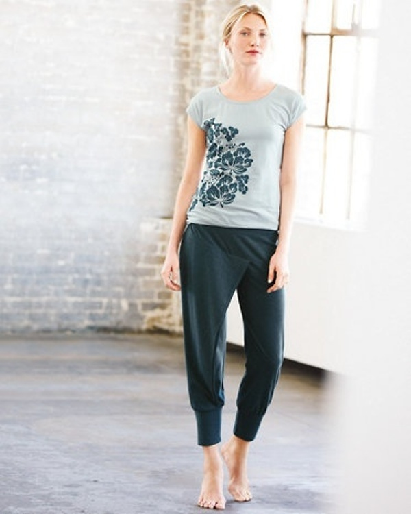 Picture Of what to wear to yoga class 21 stunning and comfy ideas  18