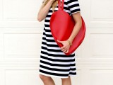 whimsy-diy-heart-shaped-red-tote-1