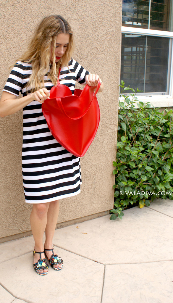 Picture Of whimsy diy heart shaped red tote  3